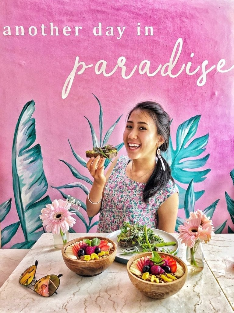 vegan food and travel blogger in bali