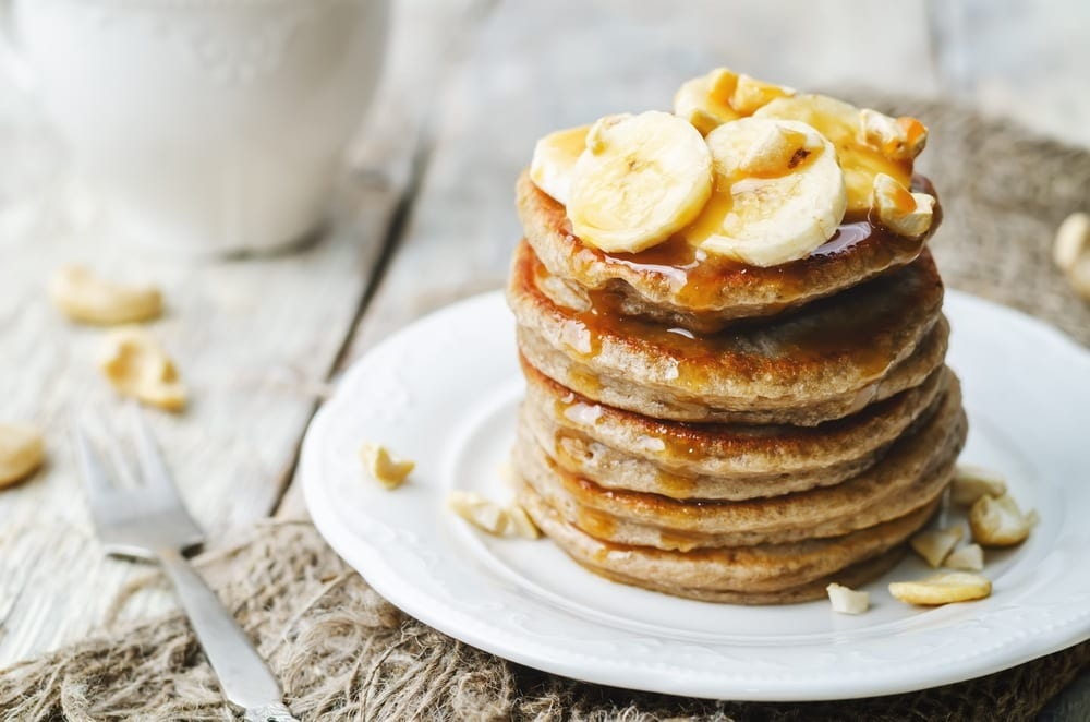 The Most Fluffy Gluten-Free Banana Pancakes! (GF, DF, V)