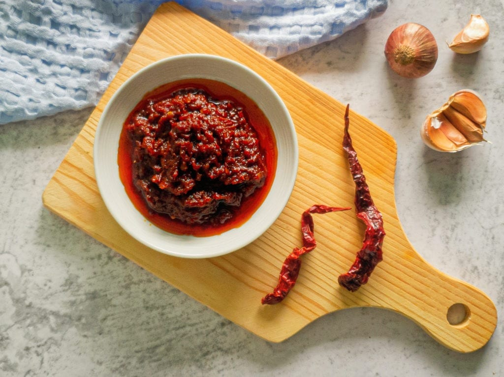 10-Minute Sambal Oelek Red Chili Paste (Better Than Walmart!)