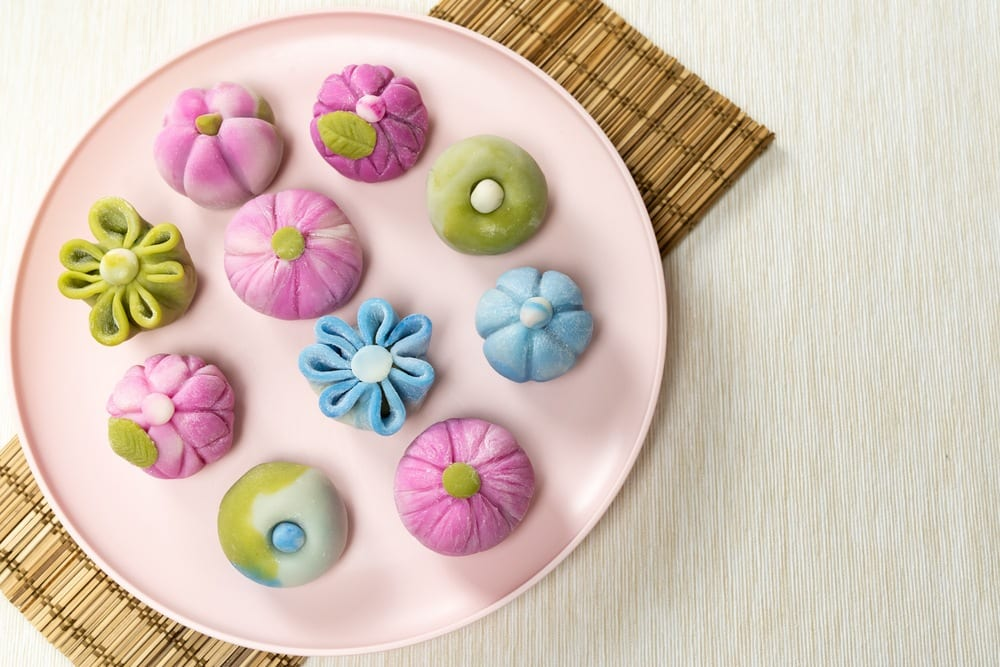 How to Make Japanese Wagashi : Nerikiri Recipe