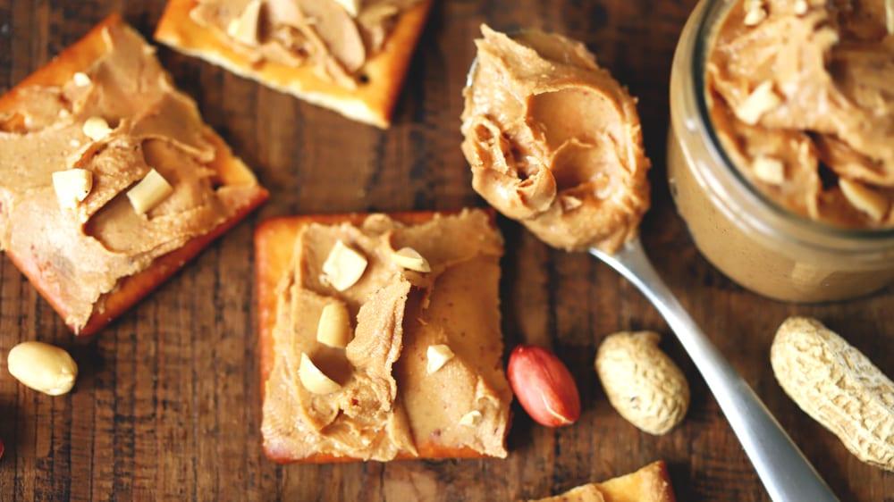 Homemade Peanut Butter Crackers (Ritz Copycat Recipe)