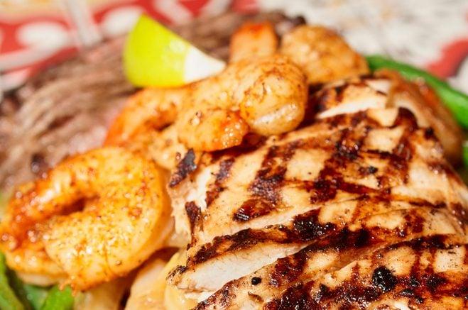 Copycat Applebee's Bourbon Street Chicken and Shrimp Recipe