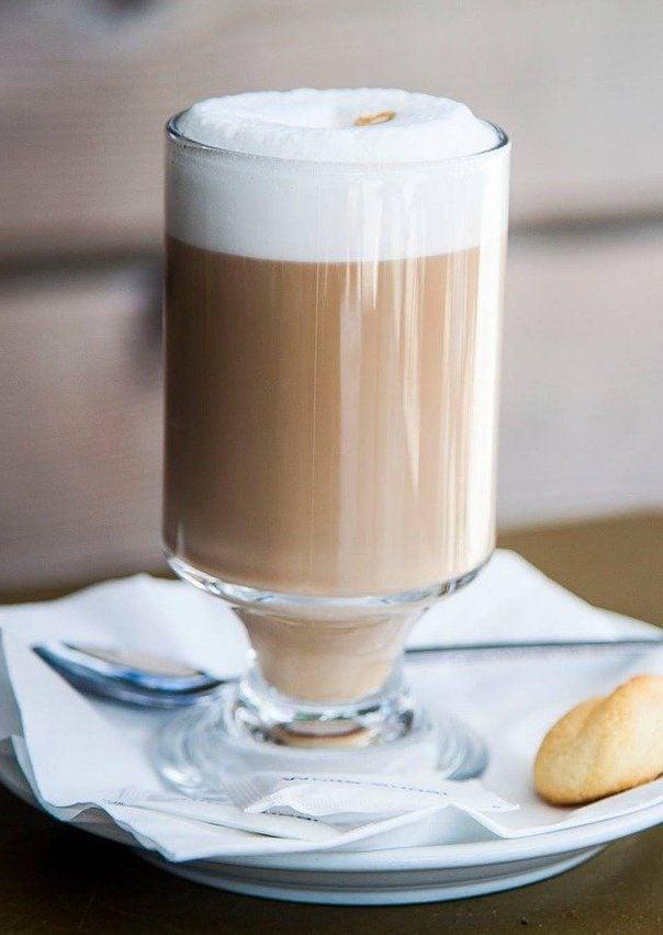 Copycat Starbucks London Fog (Earl Grey Tea Latte)